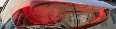 マツダ2のテールランプの写真