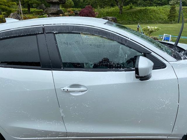 マツダ2の洗車の状況写真